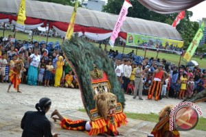 Puluhan Grup Kesenian OKU tampilkan budaya daerah