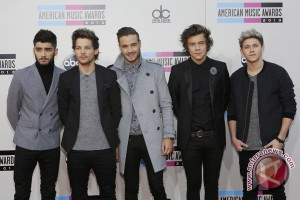 One Direction cetak sejarah di Billboard 200