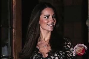 Kate Middleton sumbangkan potongan rambut untuk amal