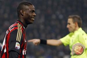 AC Milan ditahan imbang Frosinone 3-3