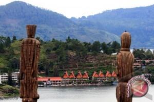 Walhi: Kondisi air Danau Toba semakin mengkhawatirkan