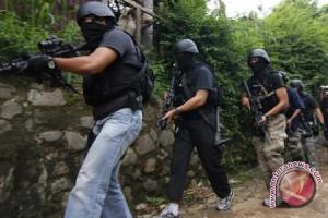 Empat terduga teroris diamankan, dua tewas