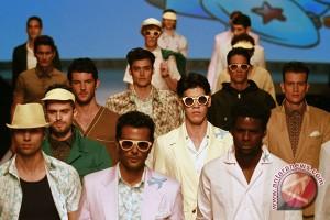Industri kreatif pakaian diminati pengusaha muda bekasi