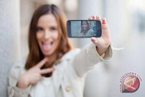 Tips selfie saat jalan-jalan sendirian