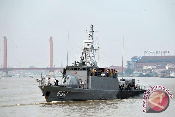 TNI-AL siapkan kapal perang evakuasi korban asap