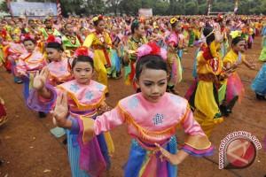 Belasan sanggar tari ikut festival budaya