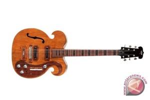 Gitar listrik George Harrison dilelang