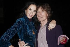 Penyebab kematin kekasih Mick Jagger adalah bunuh diri