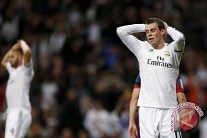 Bale diragukan dapat perkuat Real karena cedera betis