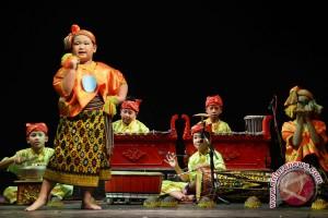 Kemdikbud berikan fasilitas kesenian untuk 4.300 sekolah