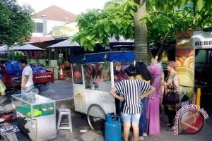 YLK Sumsel: Waspadai makanan berbahan tidak halal