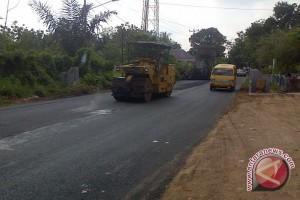 Legislator: Jalan provinsi Sumsel masih alami kerusakan
