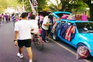 Kawasan CFD Palembang dipenuhi pedagang kaki lima
