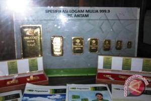 Ribuan warga Palembang arisan logam mulia Pegadaian
