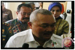 Gubernur : pergantian menteri tak ganggu pembangunan daerah