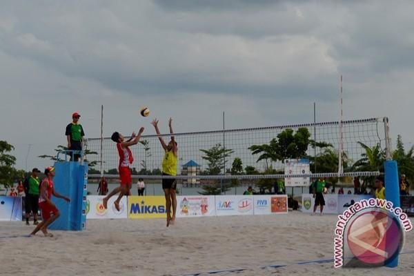Kejuaraan voli pantai di Palembang di ikuti 15 Negara