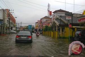 Wilayah Sumsel berpeluang hujan pengaruh La Nina