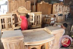 Pemerintah permudah pembuatan sertifikasi kayu olahan