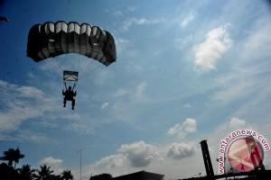 Penerjun TNI yang hilang ditemukan meninggal dunia