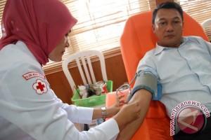 PMI larang rumah sakit ambil darah pendonor