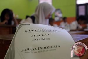 Kemdikbud:Penurunan rata-rata UN SMP karena UNBK