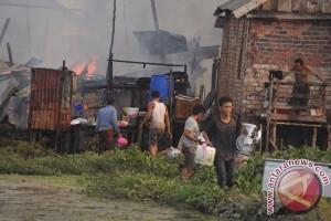 Pemkot bantu korban kebakaran