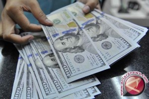 Pelemahan dolar dorong emas berjangka naik