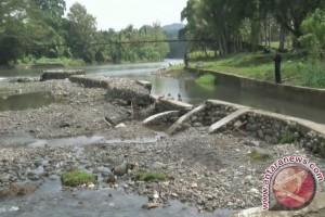 Pemerintah kabupaten anggarkan Rp10,9 miliar perbaikan irigasi