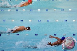 AS cetak rekor dunia 4x100 meter gaya ganti campuran