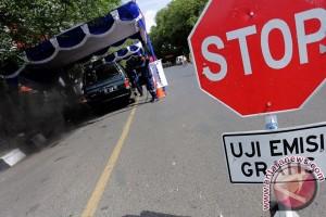 Gubernur minta angkutan lebaran bebas polusi