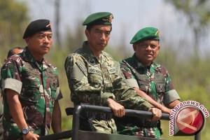 TNI gelar demonstransi pertempuran disaksikan Presiden RI