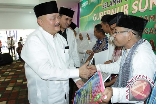 Gubernur Sumsel berikan bantuan korban banjir Muba
