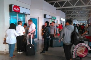 Penumpang pesawat di bandara Palembang belum membludak