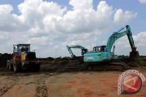 Alat berat siaga antisipasi longsor lintas Riau-Sumbar