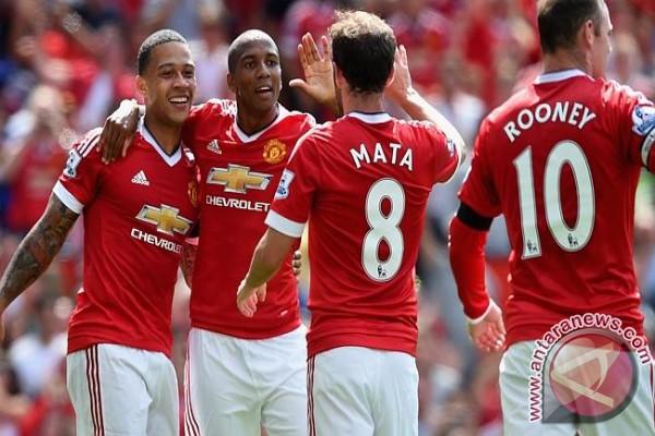 Fellaini bantu United menang atas Hull