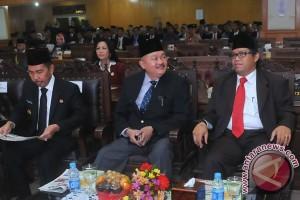 DPRD bentuk lima pansus bahas LKPJ gubernur