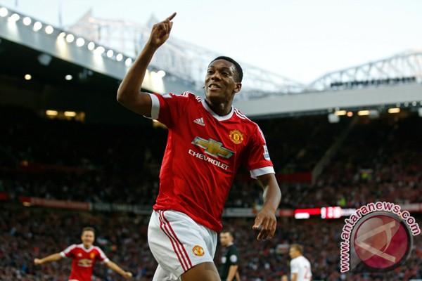 Mourinho inginkan Martial bertahan