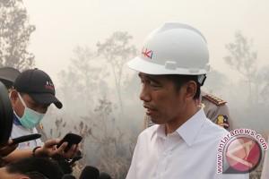 Jokowi ingatkan perhutanan sosial untuk rakyat