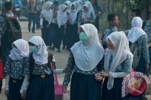 Tujuh siswi SMPN 13 Baturaja mendadak kesurupan