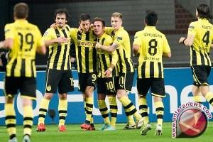 Dortmund tetap huni peringkat ketiga setelah ditahan imbang Augsburg