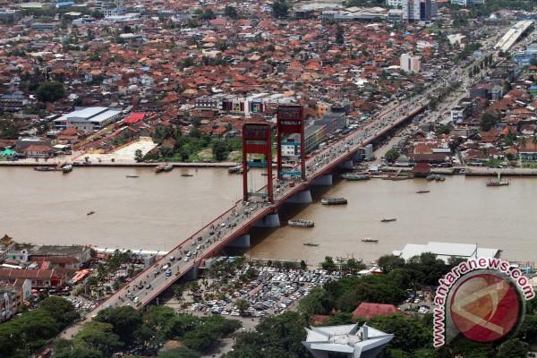 Jembatan Ampera akan jadi pusat kuliner malam