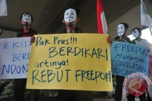 Mahasiswa Palembang tuntut pemerintah tolak perpanjangan Freeport