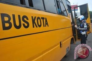 Sopir bus kota tewas dikeroyok