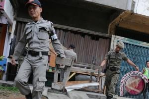 Tim gabungan tertibkan PKL pasar baru Baturaja