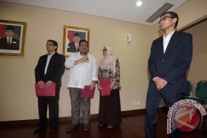 Dua Direksi Perum LKBN Antara yang baru
