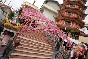 Replika Mei Hwa marak diperdagangkan di Palembang