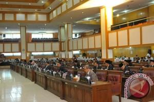 Legislator: Raperda perlindungan petani lagi dibahas