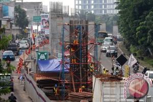 Jembatan penyeberangan orang segera dirobohkan terkait LRT