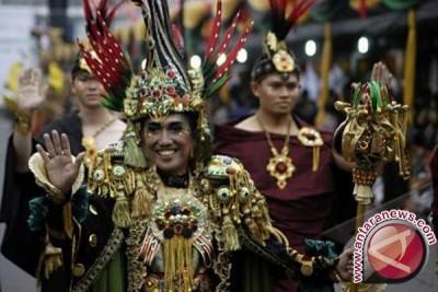 Wow...Kostum karnaval Jember tembus tiga besar dunia