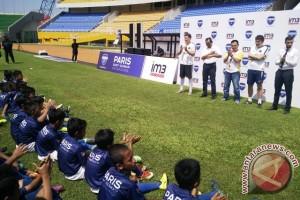 Pelatih Paris Saint-Germain latih anak Palembang